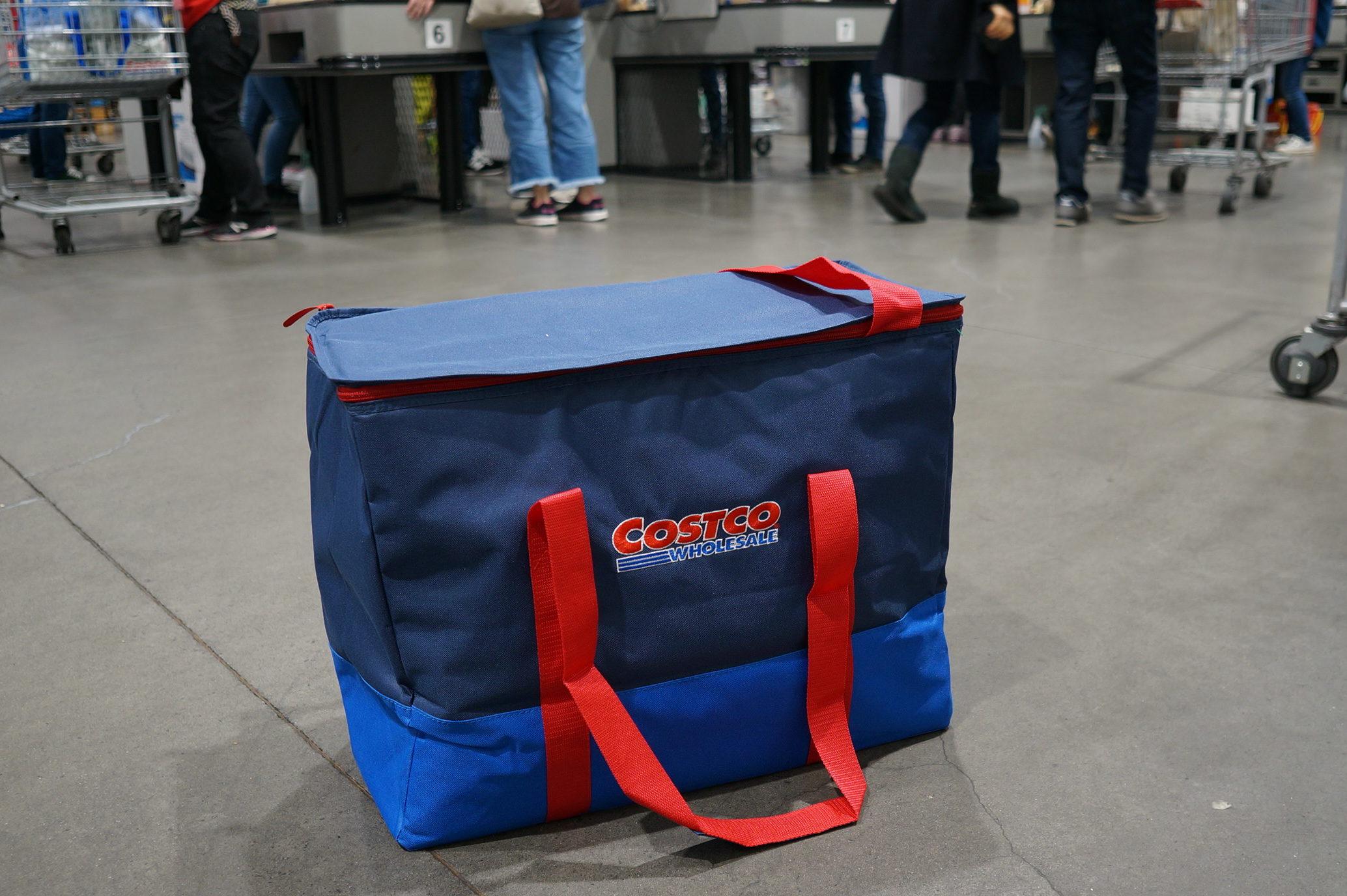 コストコの保冷バッグの写真