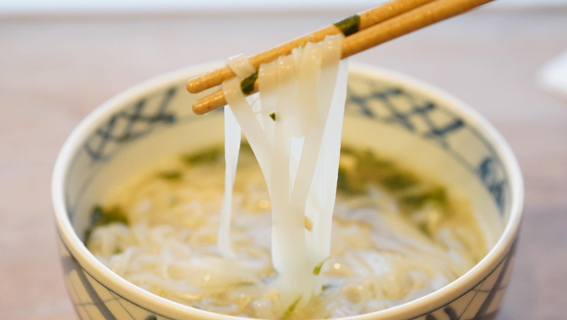 無印良品のおすすめ冷凍食品「チキンのフォー」の写真
