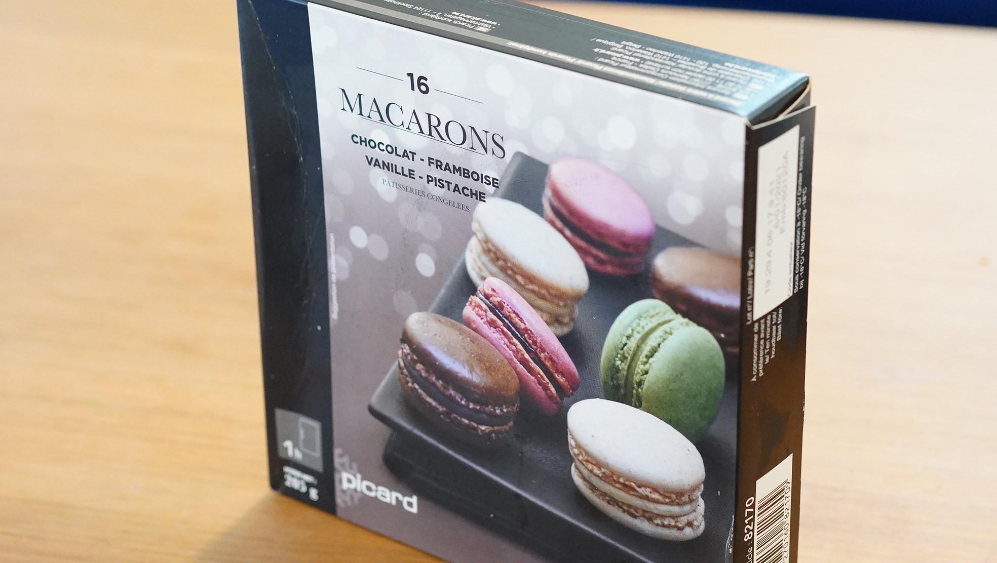 ピカールのおすすめ冷凍食品「4種類のマカロン」のパッケージ写真