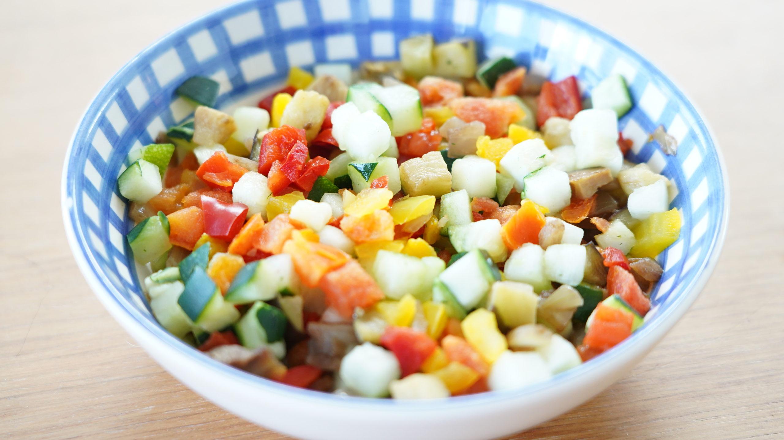 ピカールのおすすめ冷凍食品「南仏野菜の角切り」の色鮮やかな写真