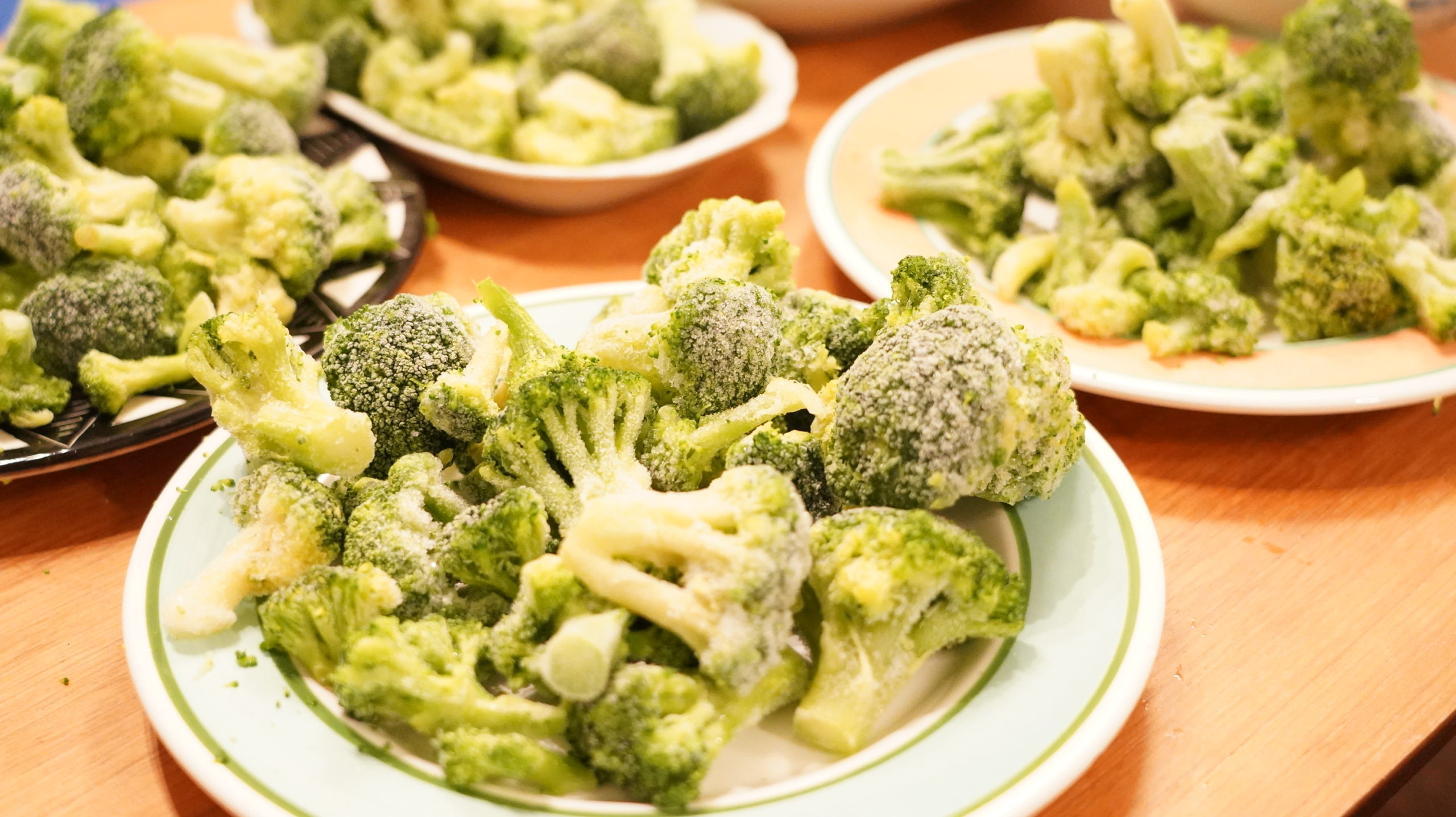 コストコの冷凍食品「ブロッコリー 100%ナチュラル」に近づいて撮った写真