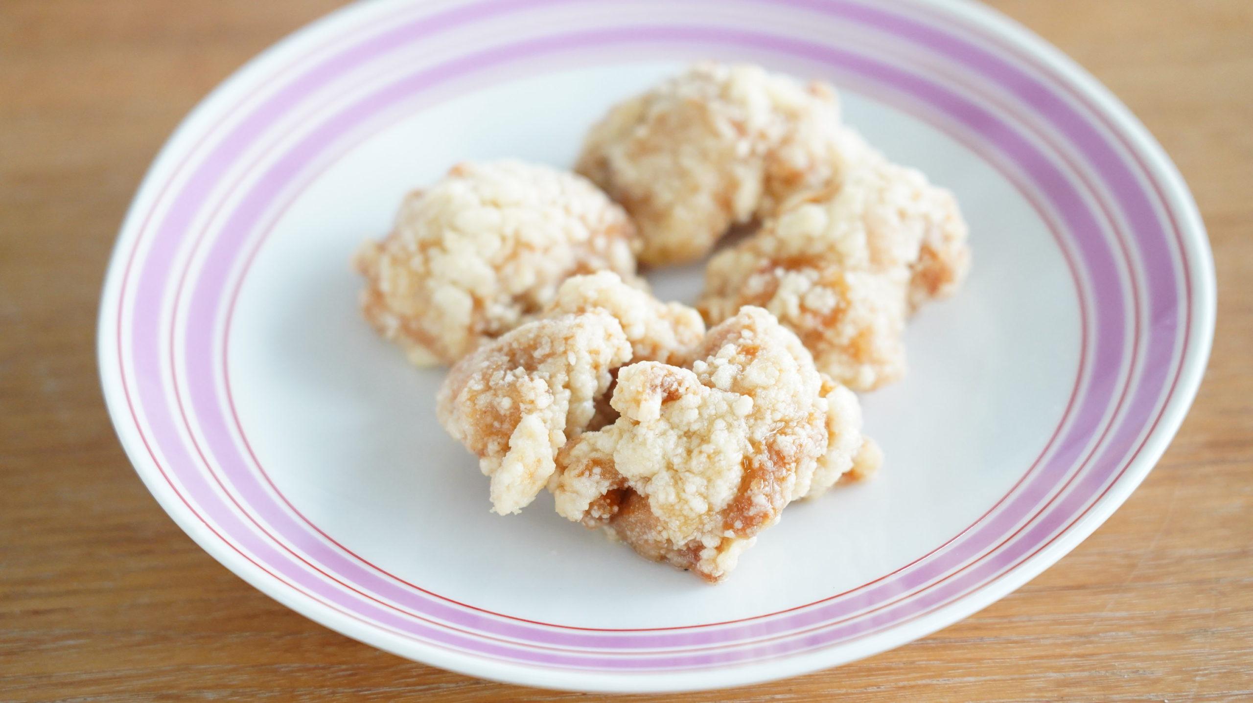 コストコの冷凍食品「CP 若鶏の竜田揚げ」の衣の写真