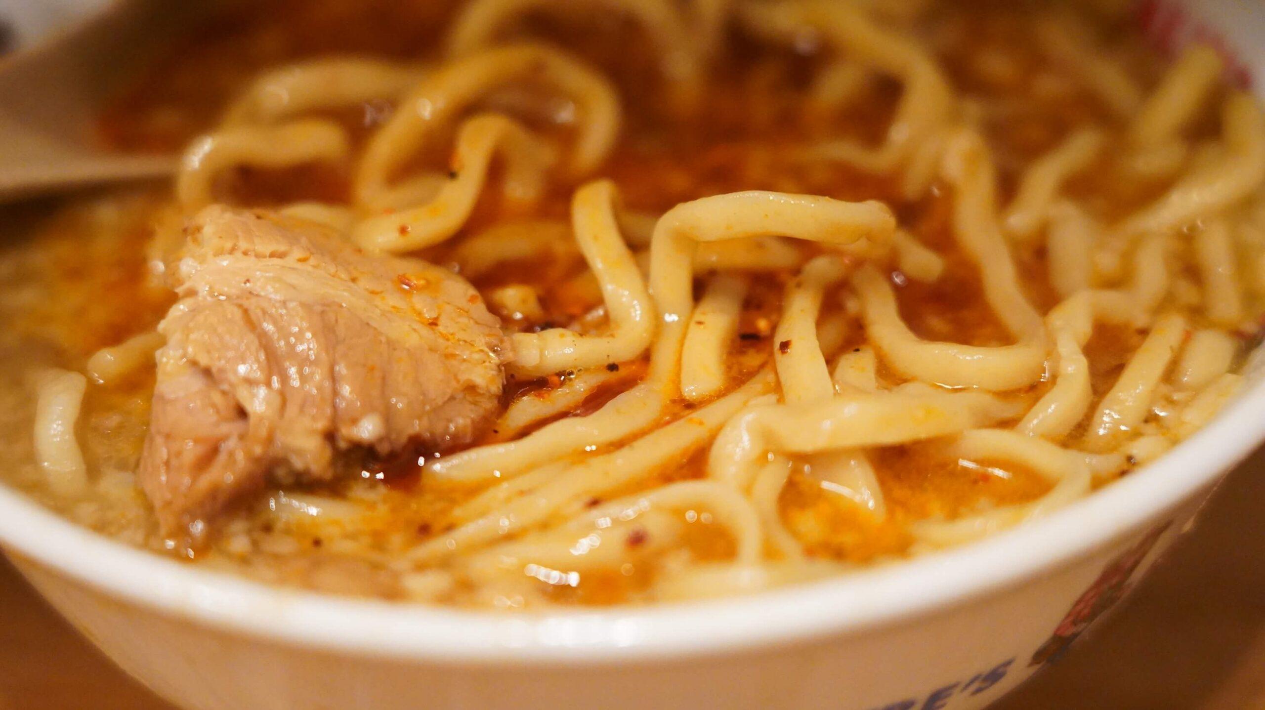 通販でお取り寄せした「バリ男」のラーメンの麺の拡大写真