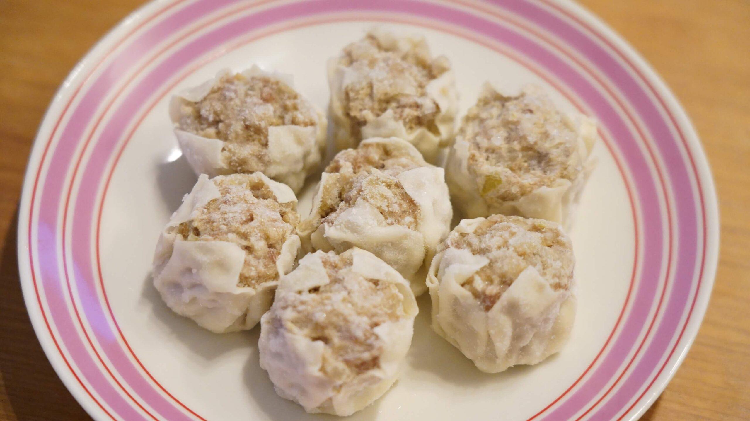 コストコのシューマイ冷凍食品「贅沢焼売」の加熱前の写真