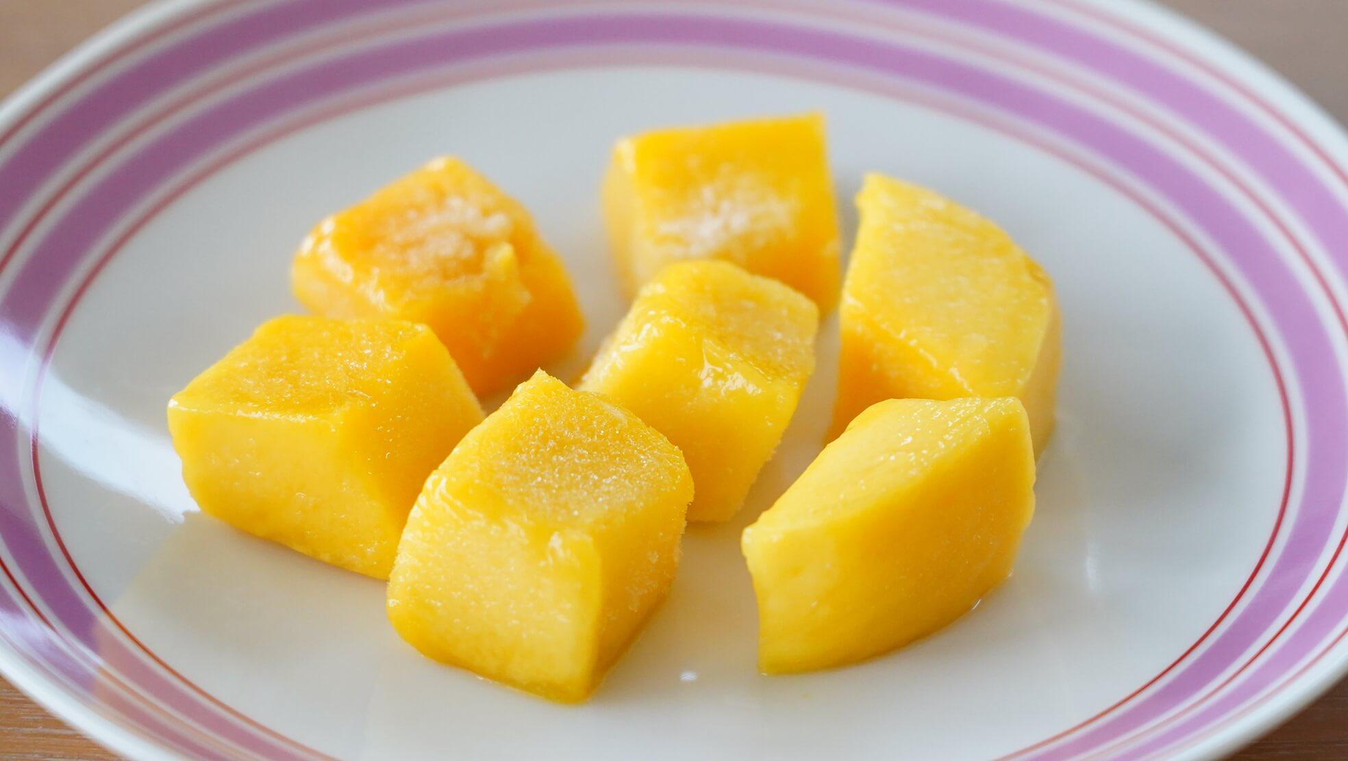 解凍後のコストコの冷凍マンゴー「トロピカルマリア・マンゴーチャンク」